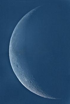 Giant blue moon