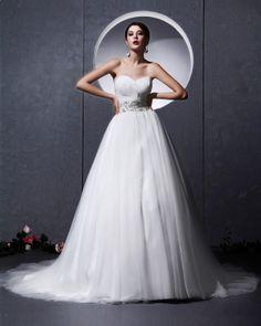 Sweetheart Chapel A-line Bridal Gown Wedding Dress