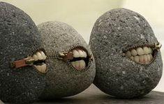 -Hirotoshi Ito-  (série de pierres sculptées)                                                                                                                                                                                 Plus