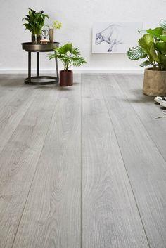 Carpet Runners And Stair Treads Types Of Hardwood Floors, Hardwood Floor Colors, Refinishing Hardwood Floors, Wood Tile Floors, Timber Flooring, Grey Flooring, Kitchen Flooring, Small Apartment Interior, Home Interior Design