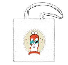 Bolsa blanca de poliéster 100% Tamaño: 36 x 39 cm. Cualquier personaje a elegir del catálogo. Visita el catálogo de personajes y materiales en esta página. http://rabbeatsbylachicaconejo.bigcartel.com/product/ziggy-rabbeat-bag