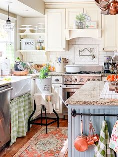 Cozy and Colorful Country Cottage Home Tour - warm white kitchen with charm and character! Farmhouse sink, wood floors, painted island - Golden Boys And Me Kitchen Cozy and Colorful Country Cottage Home Tour Classic Kitchen, Vintage Kitchen, Timeless Kitchen, Cosy Cottage, Cottage Chic, Estilo Cottage, Country Style Homes, Cottage Homes, Cottage Bedrooms