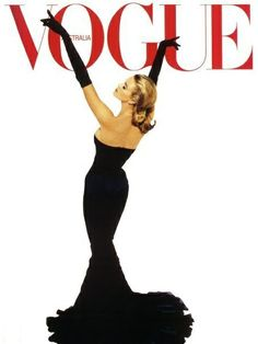 Elle Macpherson on the cover of Vogue Australia emulating a classic image of Grace Kelly. Grace Kelly is one of the most admired women in the world. Even today, she is upheld as a standard of beauty, grace, and style. Vogue Vintage, Vintage Vogue Covers, Vintage Fashion, Vintage Glamour, Grace Kelly, Mode Poster, Foto Fashion, High Fashion, Fashion Art