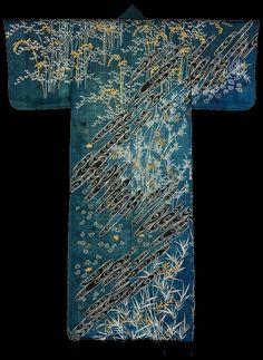 "The Kimono Gallery. Kimono, Japan,1860-1890 from the exhibition ""Kimono: Decoration, Symbols & Motifs"" at the Victoria and Albert Museum, London."