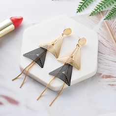 (green) Triangular fringe Bookmark. Exaggerated Earrings Women's Fashion Temperament Long Fringe Earrings Tide People Temperament Geometric Earrings,#Exaggerated, #Earrings, #Women Square Earrings, Circle Earrings, Fringe Earrings, Women's Earrings, Diamond Earrings, Jewelry Trends, Jewelry Accessories, Cute Headphones, Alphabet Wallpaper