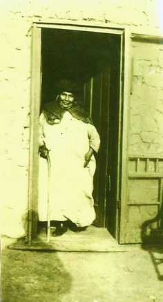 Deluvina Maxwell in old age. Texas History, Family History, Pat Garrett, Old West Photos, Billy The Kids, New Mexico, Old Things, Scene, Album