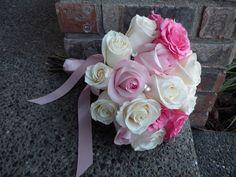 Google Image Result for http://photos.weddingbycolor-nocookie.com/p000033607-m178241-p-photo-464383/Pink-Wedding-Flowers-Help-.jpg