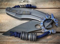 Rad finishes on this EDC Tactical Life, Edc Tactical, Custom Folders, Edc Knife, Urban Survival, Edc Gear, Knives And Swords, Knife Making, Everyday Carry