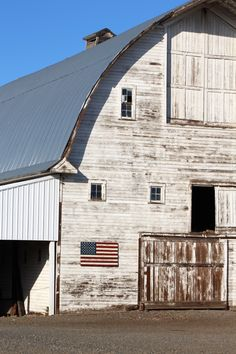 Also not on the barn quilt tour but great Americana on the Barn Quilt Tour!