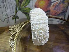 Bridal Outfits, Put On, Wedding Cakes, 1950s, Etsy, Bracelets, How To Make, Blog, Beautiful