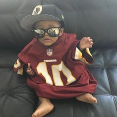 Now that's some serious #Redskins game day style. #HTTR.