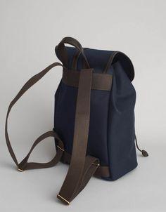 Stroppene og stramming.// backpack