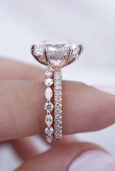 Now this is an absolute perfection Who s in love with this one Wanna see it on your finger Seems like SOMEONE must know this Tag them Ring by brillianceindiamonds Beautiful Engagement Rings, Beautiful Rings, Wedding Engagement, Wedding Bands, Wedding Ring, Ring Verlobung, Diamond Are A Girls Best Friend, Just In Case, Marie