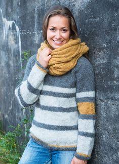 Barcode genser i børstet baby alpakka. Turtle Neck, Knitting, Sweaters, Fashion, Threading, Moda, Tricot, Fashion Styles, Breien