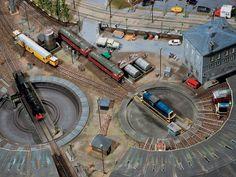 Model Railroad Wiki and Shop for Model Railroad Scenery and Model Railroad Figures http://www.modelleisenbahn-figuren.com