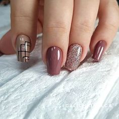 Best Nail Art - 61 Best Nail Art Designs for 2019 Today we have the Best Nail Art Designs for We have found 61 close to perfection nails that you will love dearly. Nail Art Designs Videos, Best Nail Art Designs, Acrylic Nail Designs, Classy Nails, Simple Nails, Perfect Nails, Gorgeous Nails, Nagellack Design, Pretty Nail Art