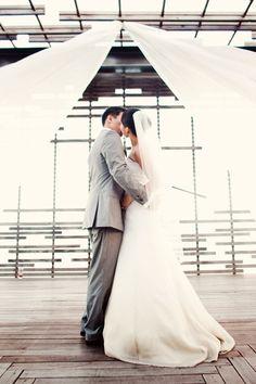 wedding photography - luna photo - real wedding - erin & hoa - bride & groom - ceremony - first kiss