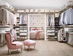 Scandinavian style dressing room by Elfa Deutschland GmbH
