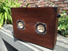 サウンドトランク(木製トランク型スピーカー)