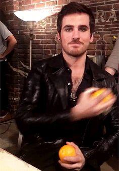 Colin juggling