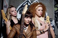 Samantha Fish and friends, their song Bitch rocks.