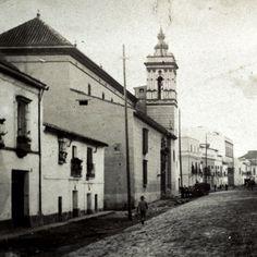 La primitiva Iglesia se construyó en 1.595; fue reedificada a la actual del siglo XVIII; en 1936 quedó destruida por un incendio, siendo restaurada posteriormente. Es sede de la Hermandad de San Roque.   https://es.foursquare.com/item/510947fae4b0d2e64eb0723f