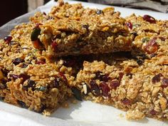 Granola Bars | Baking, Recipes and Tutorials - The Pink Whisk