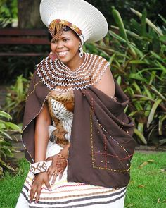 First off we would start with South Africa weddings by looking into the Zulu tribe. The Zulu tribe are Bantu ethnic group of South Africa, Zulu Traditional Attire, Zulu Traditional Wedding, African Traditional Dresses, Traditional Outfits, African Wedding Attire, African Attire, African Wear, African Women, African Dress