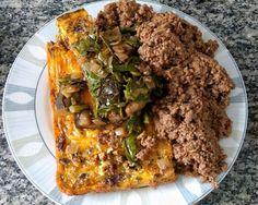 Omelete de forno legumes refogados e carne moída pós treino - sem contar a salada . Para mais 23 receitas low-carb grátis acesse o link da minha bio ( http://ift.tt/29YBk7P ) . . #senhortanquinho #paleo #paleobrasil #primal #lowcarb #lchf #semgluten #semlactose #cetogenica #keto #atkins #dieta #emagrecer #vidalowcarb #paleobr #comidadeverdade #saude #fit #fitness #estilodevida #lowcarbdieta #menoscarboidratos #baixocarbo #dietalchf #lchbrasil #dietalowcarb