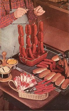 Puppet Franks, threaded onto a cord and served from a wire clothes hanger, with scissors offered to your guests to clip off their own wieners. (Better Homes And Gardens Barbecue Book, (You can't improve on this text) Retro Recipes, Old Recipes, Vintage Recipes, Gross Food, Weird Food, Retro Ads, Vintage Ads, Vintage Food, Retro Barbecue