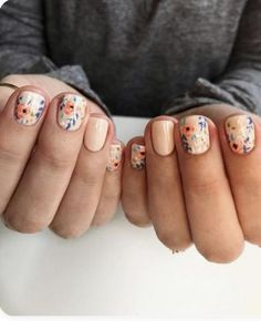 simple and amazing gel nail designs for summer – page 49 of 50 18 Fancy Nails, Love Nails, How To Do Nails, Manicure And Pedicure, Gel Nails, Nail Polish, Gel Nail Designs, Nail Designs Floral, Hair Skin Nails