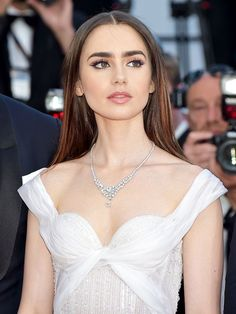 These are hands down the best red carpet beauty looks from the 2017 Cannes Film Festival.
