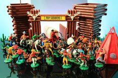 EMPIRE Toys FORT GERONIMO PLAYSET Swoppet Cowboys Indians Wagon Vintage 1978 Set…