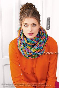 dámský ručně pletený nákrčník z příze Semira Color