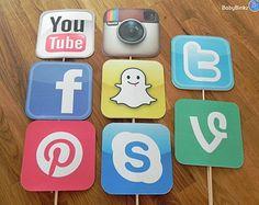 Photo Props: The Social Media Icon Set 8 Pieces by BabyBinkz 13th Birthday Parties, 14th Birthday, Retirement Parties, Instagram Party, Social Media Icons, Photo Props, Photo Booth, Party Themes, Party Ideas