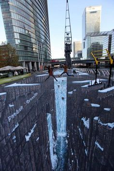 street art again.flat surface, very Street Art I just love sidewalk art. art by manfred stader 3d Street Art, Amazing Street Art, Street Art Graffiti, Street Mural, Illusion Kunst, Illusion Art, Chalk Drawings, 3d Drawings, 3d Sidewalk Art