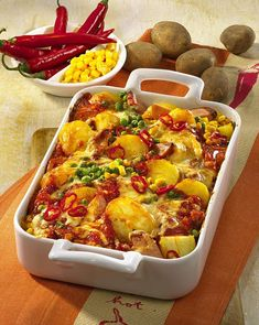 Unser beliebtes Rezept für Feuriger Kartoffel-Auflauf mit Fleischwurst und mehr als 55.000 weitere kostenlose Rezepte auf LECKER.de.