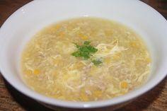 Прозрачный суп с яйцом и луком-пореем