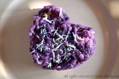Il risotto al cavolo cappuccio viola è un primo piatto d'effetto e dal sapore delicato. Semplice da realizzare con il tuo bimby, leggi la ricetta.