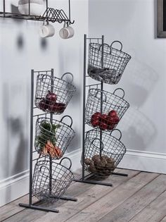 Lifestyle Stylish Kitchen Storage Solutions - If you have floor space, but no cupboards, a breathable basket can be a good solution. Wire baskets, or more natural rattan baskets, are great for storing long lasting vegetables that don't need to be kept i Decor, Stylish Kitchen, Stylish Storage, Diy Kitchen Storage, Storage Baskets, Hat Storage, Storage, Diy Kitchen, Storage Solutions