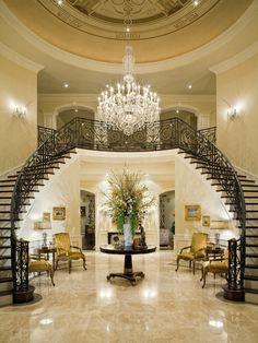 Home Decor Traditional Entry. 玄関のインテリアコーディネイト実例