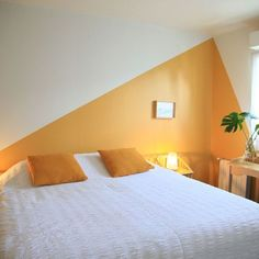 Vacation Apartment in Rouxmesnil-Bouteilles wall paint Comfortable cottage for 2 people 5 minutes from Dieppe - Rouxmesnil-Bouteilles Bedroom Wall Designs, Accent Wall Bedroom, Accent Walls, Home Bedroom, Bedroom Decor, Geometric Wall Paint, Modern Wall Paint, Room Wall Painting, Creative Wall Painting