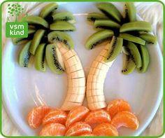 30 Tasty Fruit Platters for Just about Any Celebration . - - 30 Tasty Fruit Platters for Just about Any Celebration … Justin's food art 30 leckere Obstteller für fast jede Feier … L'art Du Fruit, Deco Fruit, Fun Fruit, Kids Fruit, Fruit Snacks, Healthy Snacks, Eat Healthy, Fruit Food, Veggie Food