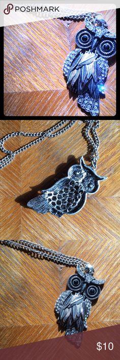Owl pendant necklace Cute owl pendant necklace from aero. Aeropostale Jewelry Necklaces