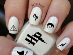 Harry Potter Nail Art Aufkleber - Make up Harry Potter Nail Art, Harry Potter Nails Designs, Nail Art Diy, Easy Nail Art, Cool Nail Art, Cute Acrylic Nails, Cute Nails, My Nails, Nailart Glitter