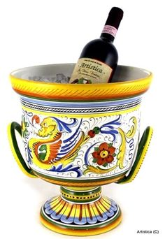 Enjoy displaying and decorating your dinner table with ceramic bottles and unique decorative cruets and shakers. See our precious ceramic bottles for olive oil in the various designs and colors. All hand-made in Italy by master-artisans. Olive Oil Bottles, Tuscan Design, Italian Pottery, Amalfi, Barware, Artisan, Italy, Mugs, Create