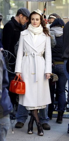 Gossip Girl Outfits: blair's white outfit