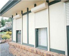 białe rolety zewnętrzne, white anti burglary roller blinds