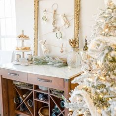 The dining room received a #winterwhite update and it might be my favorite look in this space to date! And that's saying a lot because I've created a lot of looks in here already! Come on over to the blog @homestoriesatoz to see the full space and to also tour @justagirlblog gorgeous #christmashome. A few of us #OG home bloggers ( @theinspiredroom @centsationalstyle @thriftydecorchick and many more) are participating in a belated Christmas blog hop this week that you won't want to miss…