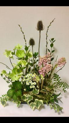Floral vegetative arrangement with spring flowers Easter Flower Arrangements, Flower Arrangement Designs, Funeral Flower Arrangements, Vase Arrangements, Funeral Flowers, Flower Designs, Deco Floral, Arte Floral, Woodland Flowers